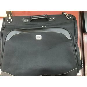 Jeep Suit Garment Luggage Bag Black Large